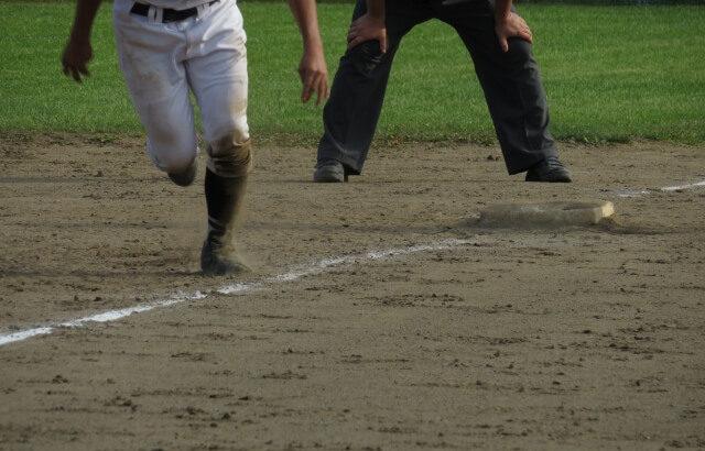 【ランナー1,3塁】ダブルスチール(重盗)対策のコツ!弱肩でも三塁ランナーにスタートさせないテクニックを解説します