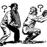 【野球のルール】チップしたボールがキャッチャーの脇に挟まったらアウト?ファール?ポイントは「正規の捕球」です!