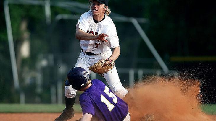 スナップスローで強いボールを投げるコツ!腕の使い方を理解して正しい投げ方をマスターしよう!